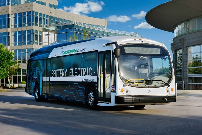 Proterra electric buses - Catalyst E2 series front view - Green motoring and urban transport